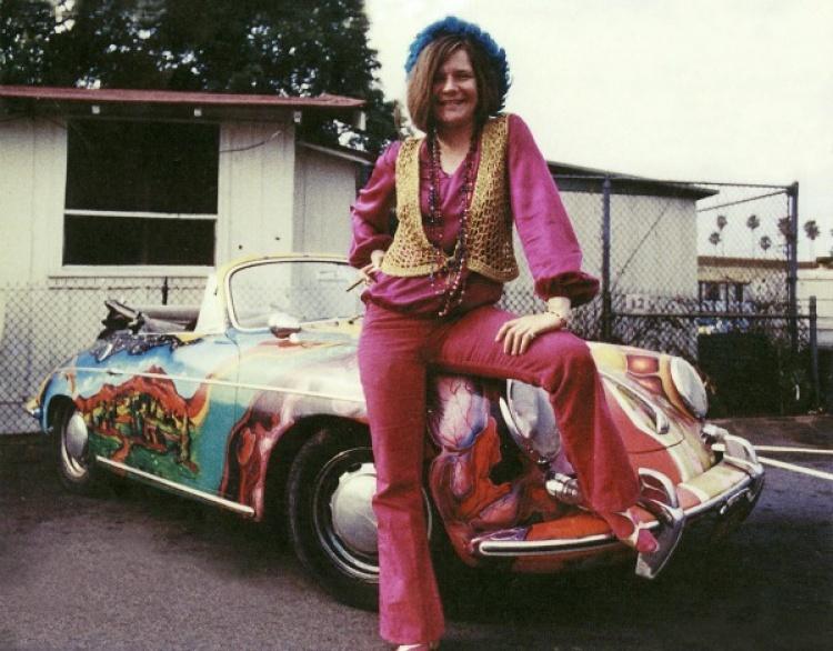 Fascinating vintage photographs of janis joplin posing for Janis joplin mercedes benz