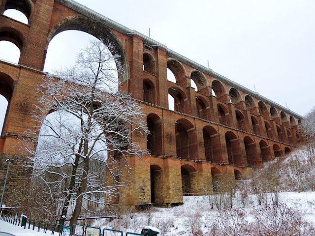 Göltzsch Viaduct, goltzsch viaduct, goltzsch viaduct, brick bridge, The largest brick bridge in the world, The largest brick bridge in the world is in Saxony, railway brick bridge in germany,