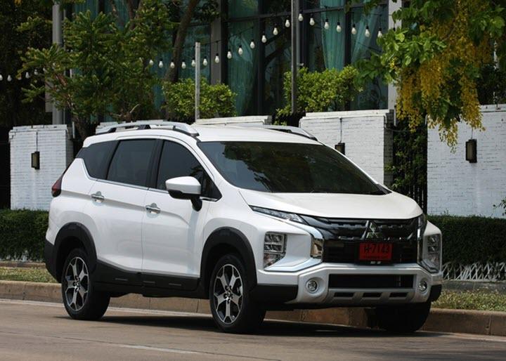 Mitsubishi Xpander Cross cập bến đại lý, sẵn sàng về tay khách Việt