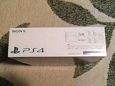 PS4外箱左側面