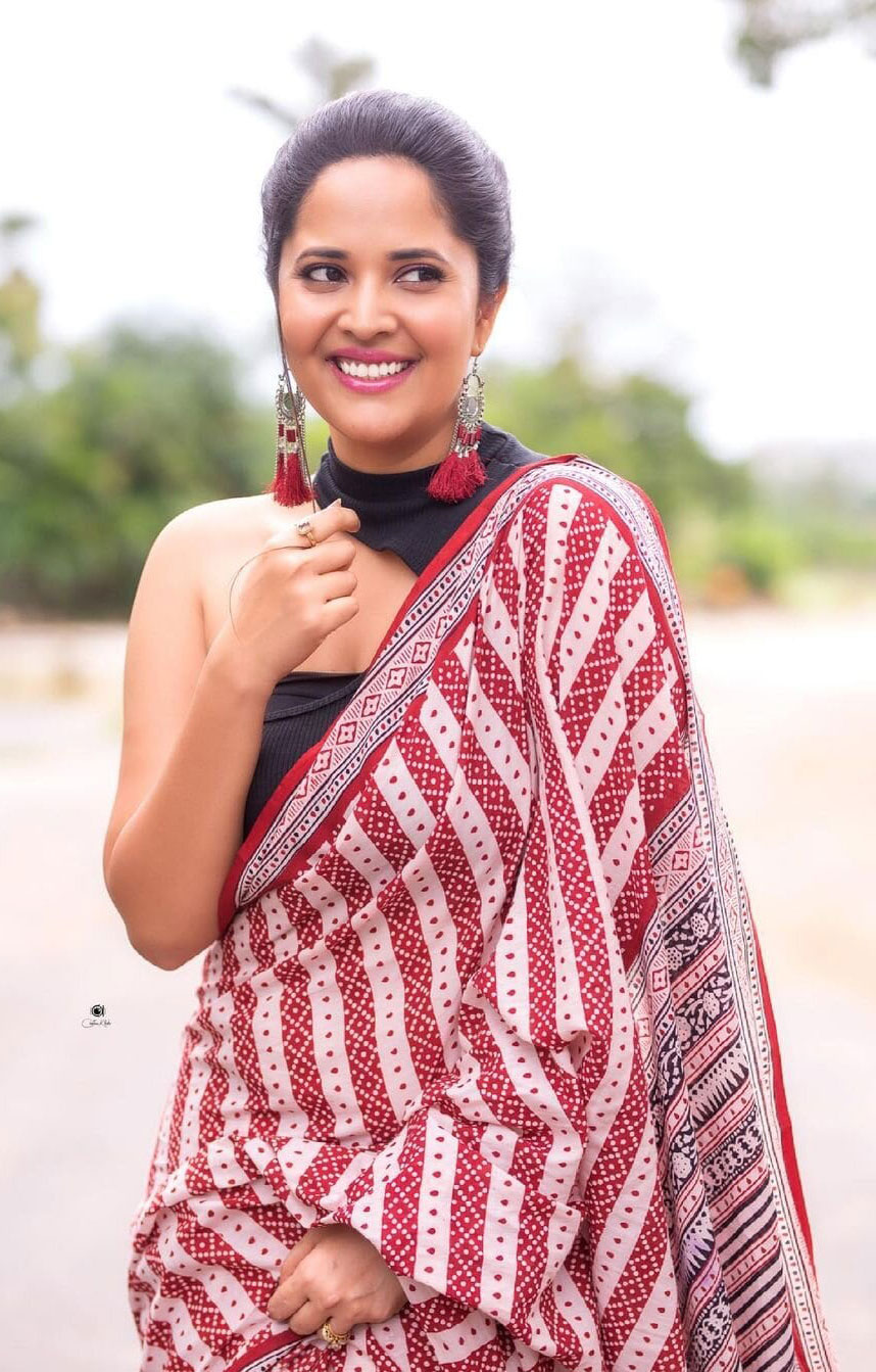 Anasuya Bharadwaj Latest Half Saree Photos Actress Trend