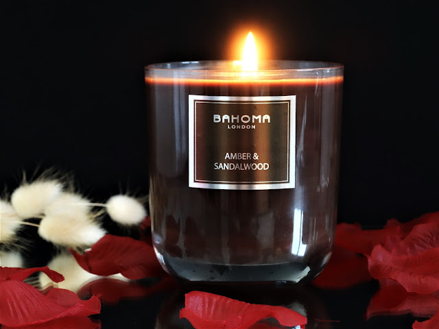 bougie bahoma avis, scented candle review, bahoma candle review, amber and sandalwood, home fragrance, bougie bois de santal