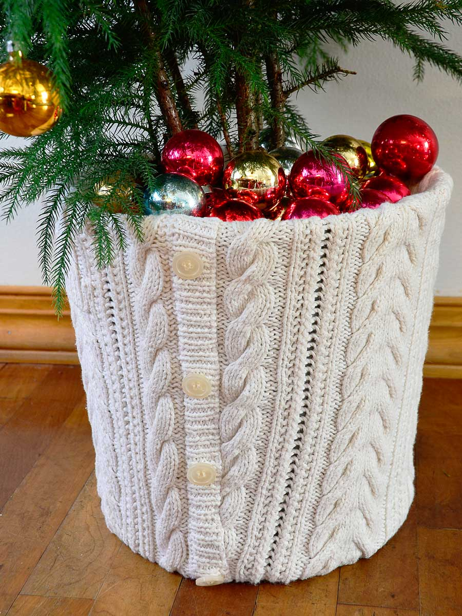 Repurposed Sweater for Christmas Tree Base