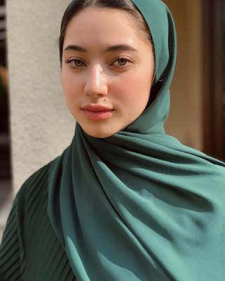 Ameera Khan Jefri Nichol biodata IG Instagram, agama, berhijab, bio profil umur, birthday, tanggal Lahir, asal adik Neelofa.