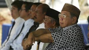 Ketika Gus Dur Ceramah di Gereja Dilaporkan ke KH Ali Maksum