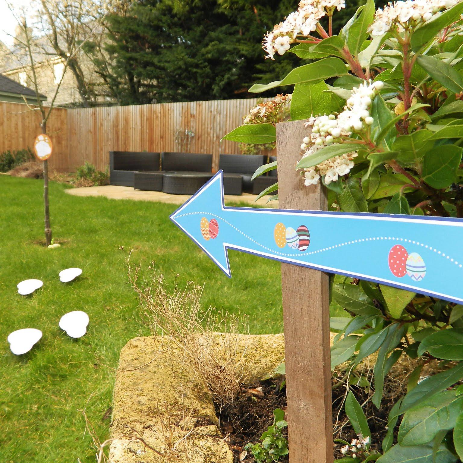 Maps International Egg Hunt Sign