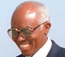 Aristides Pereira ____________ (1.º PR - 1975-1991)