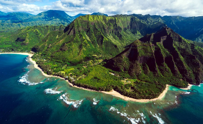 Hawaii Visitors Can Bypass Quarantine With Negative COVID-19 Test in August