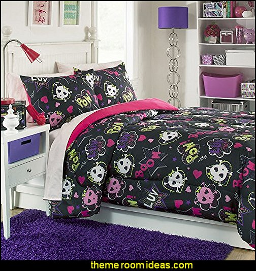 Skulls II Mini Comforter Set  skull bedding - skull decor - skull pattern Bedding - sugar skull bedding - skull themed room - skull bedroom wallpaper - Skull bedroom decorating ideas - Monster High bedroom ideas - Monster High wall decals - Monster High room decor ideas