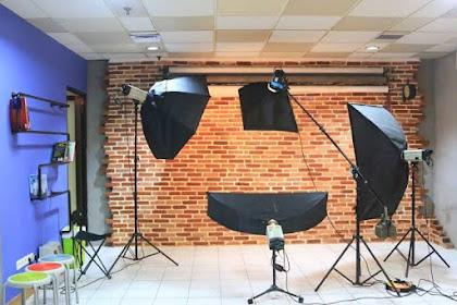 Biaya Buka usaha Studio Foto Minimalis