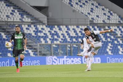 Video Sassuolo 3-3 Juventus: Đại tiệc 6 bàn, Ronaldo xông xáo