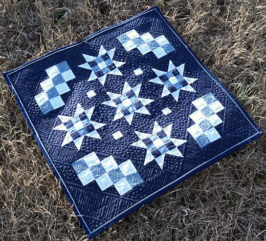 Winter Stars Mini Quilt Free Pattern