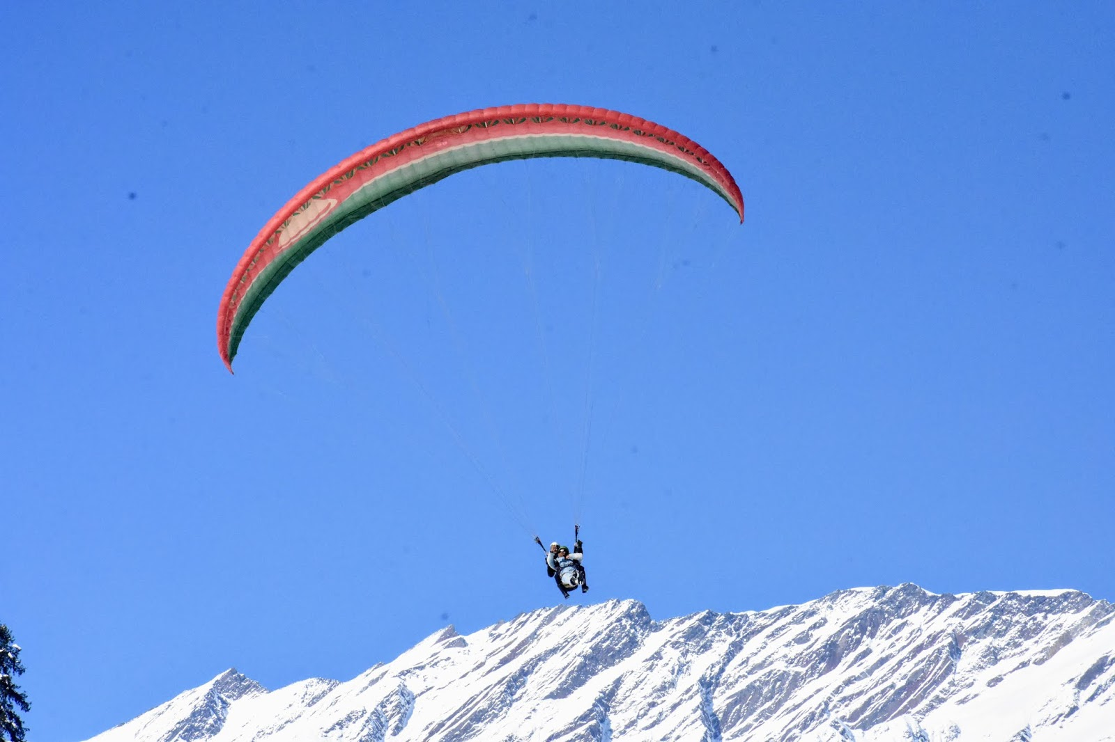 Paragliding in Solang Valley, Manali
