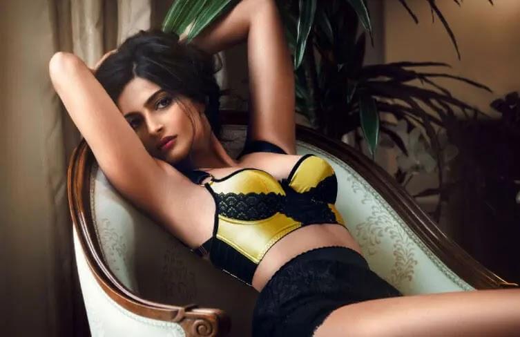 Sonam Kapoor Hot Photos, Sexy Photoshoot, Bikini Pictures & HD Wallpapers