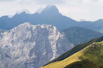 Views from Monte Rauchkofel looking west.