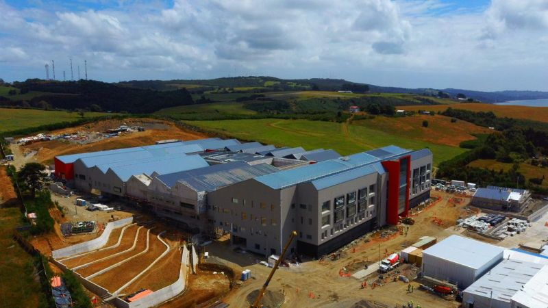 Diputado Santana destacó avances de los nuevos hospitales de Ancud y Quellón