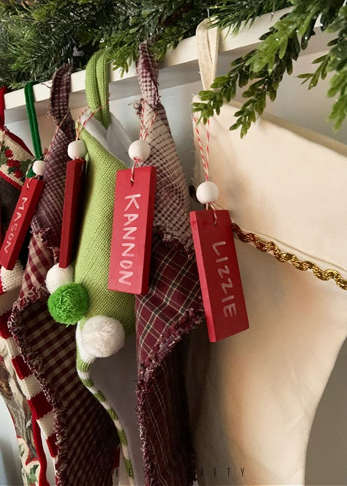 How to make a Name Tag for Stockings