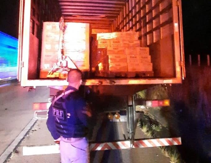 Polícia prende bandidos na BR-232 que traziam carga roubada para ST