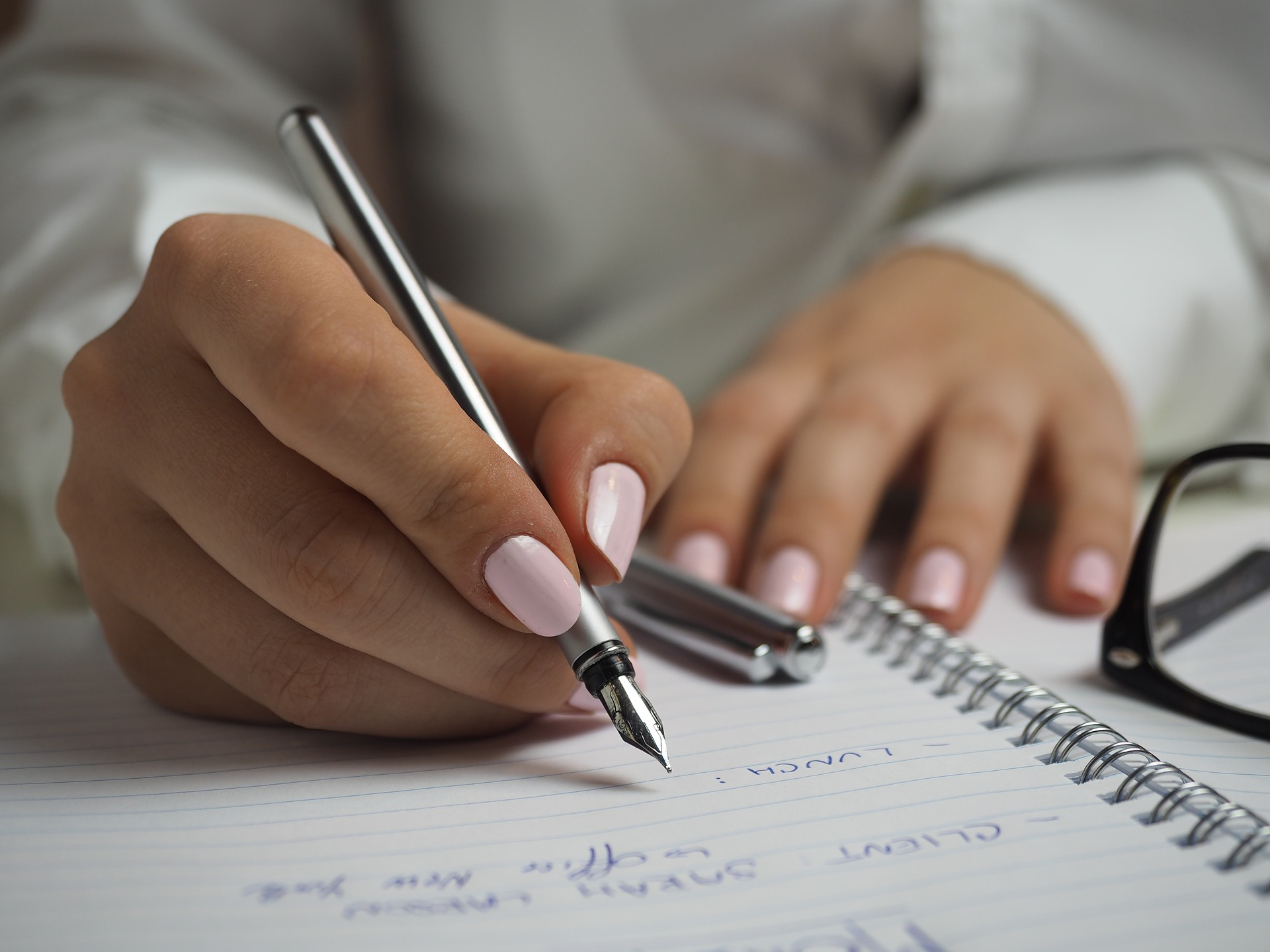 How to improve your handwriting in Hindi