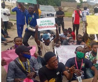 Kwara State Undergraduate Students Protest Against Closure of Schools