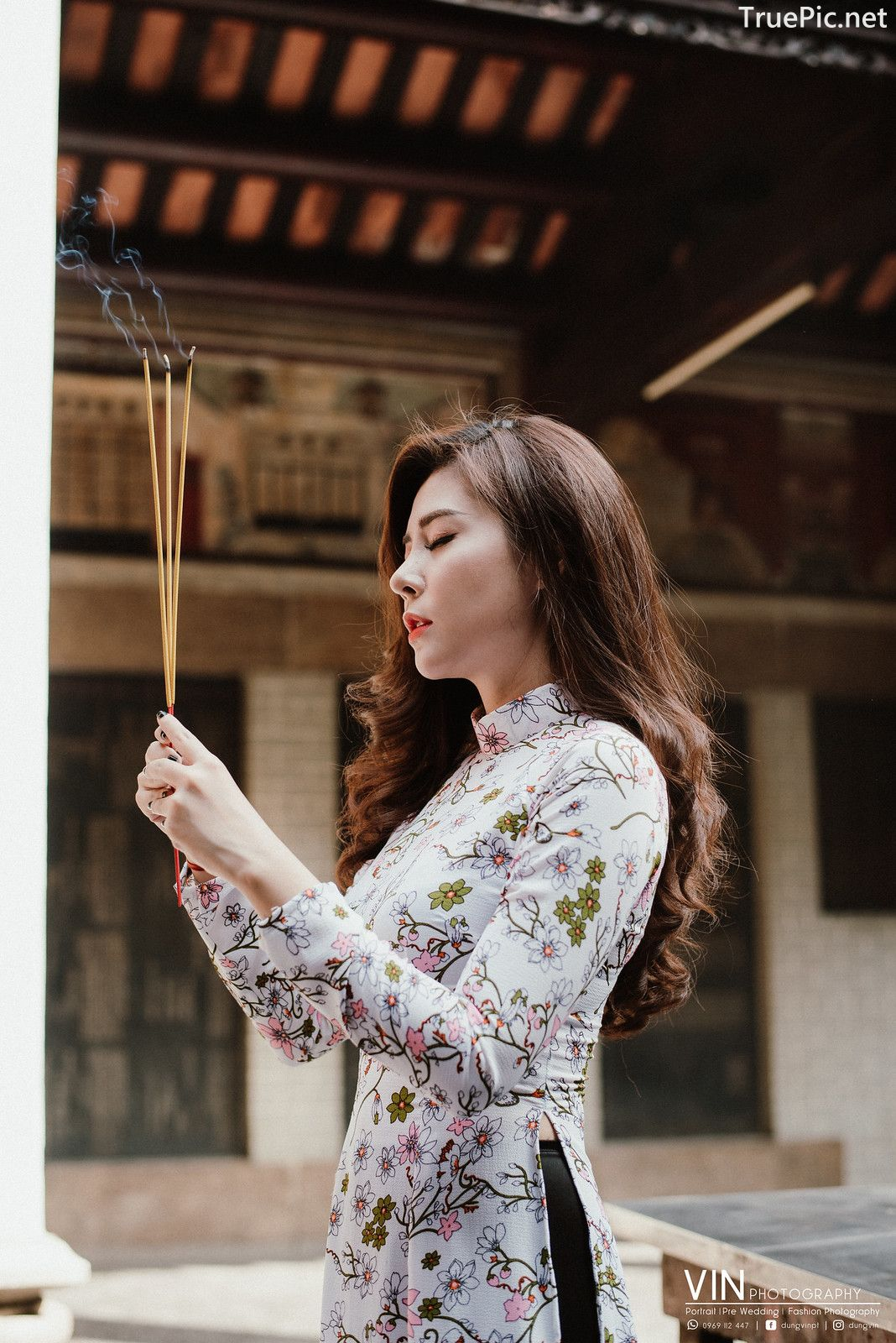 Image-Vietnamese-Beautiful-Girl-Ao-Dai-Vietnam-Traditional-Dress-by-VIN-Photo-3-TruePic.net- Picture-8