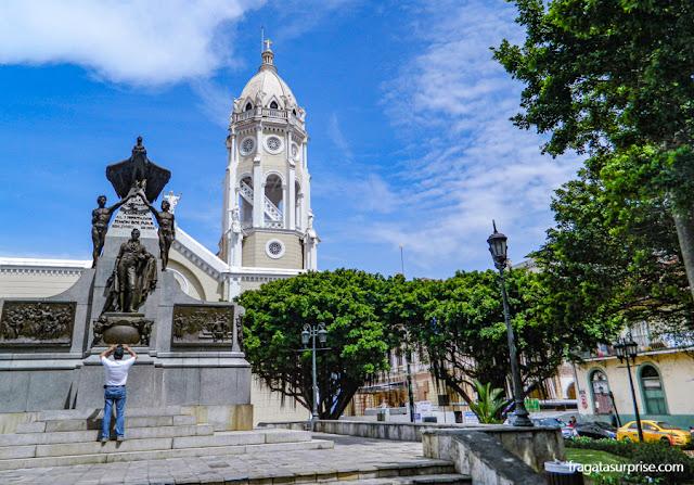 Plaza Bolívar, Casco Viejo da Cidade do Panamá