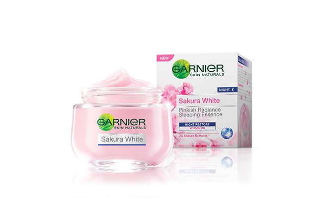 Review Garnier Sakura White Night Cream