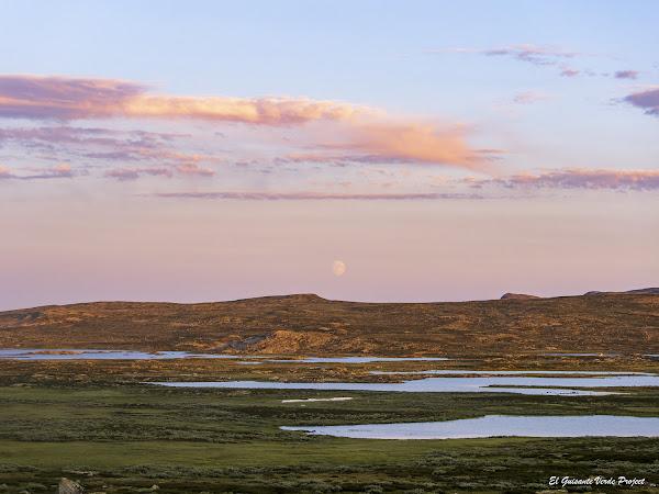 Tuva, atardecer - Noruega, por El Guisante Verde Project