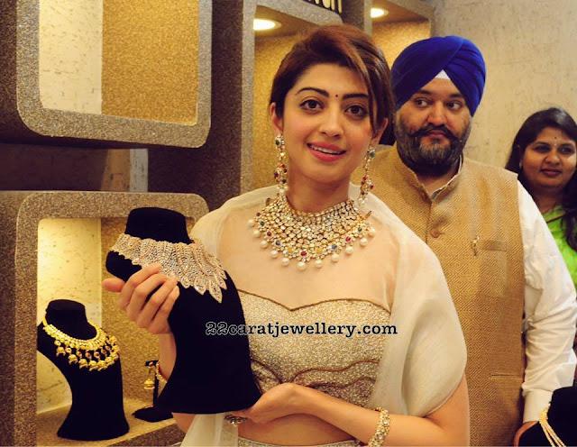 Pranitha Subhash Showcasing Grand Diamond Sets
