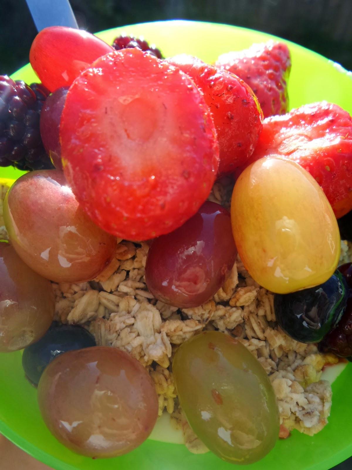 Jordans Granola with Fresh Fruit