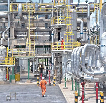 Aliko Dangote, African richest purchases a 'Heat Recovery Steam Generator' worth $13billion for his new oil company