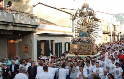 annual procession dedicated to the Virgin Mary
