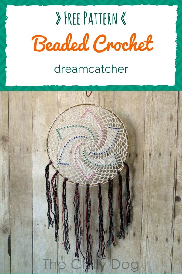 Free Crochet Pattern: Learn how to crochet an easy, beaded, star dreamcatcher