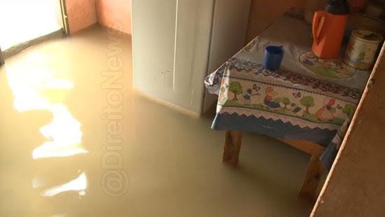 juiz prefeitura indenizar casa inundada direito