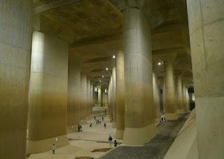 Đường hầm chống lũ ở Tokyo