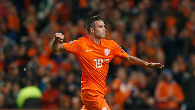 Prancis vs Belanda Robin Van Persie