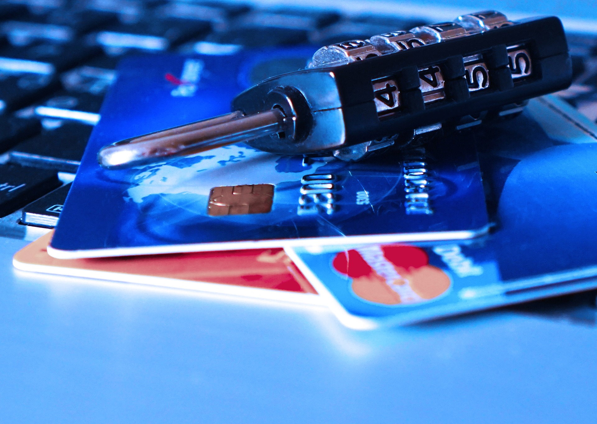 LIMIT YOUR CREDIT CARD EXPENSES