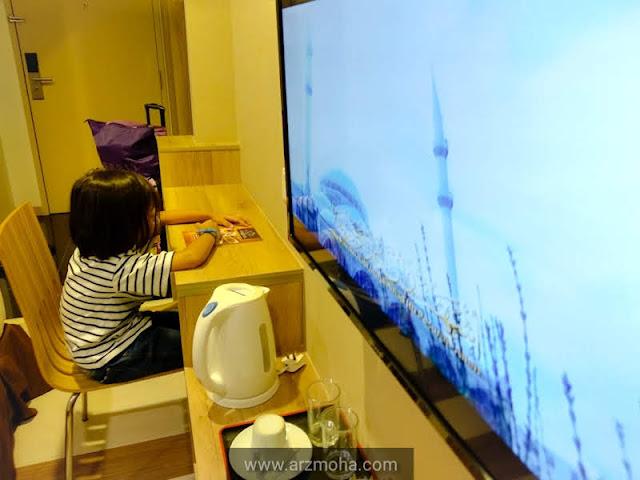 kids, anak blogger malaysia, pengalaman menginap di hotel valya, hotel berdekatan maps perak, hotel selesa berdekatan movie animation park studio, hotel bajet berdekatan maps perak, hotel bajet meru raya ipoh, hotel selesa di bandar meru raya, hotel di meru raya,