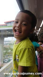 liburan-sekolah-anak-keliling-naik-transportasi-umum