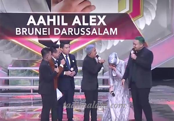 Yana tertawa karena mengerjai Irfan Hakim dan Gilang Dirga