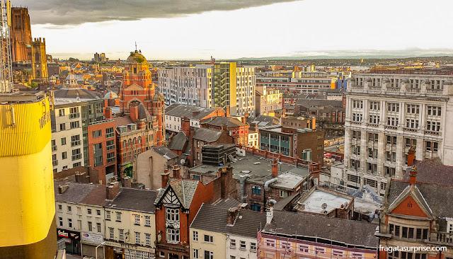 Liverpool vista da janela de um quarto no Adelphi Hotel