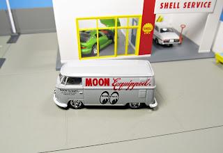 M2  Mooneyes    VW Delivery Van