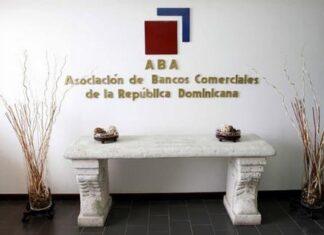 Bancos dominicanos realizan ajustes horarios de servicios; estarán cerrados sábados y domingos
