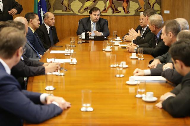 Com articulação de Coronel Chrisóstomo, Rodrigo Maia recebe empresários de Rondônia em Brasília
