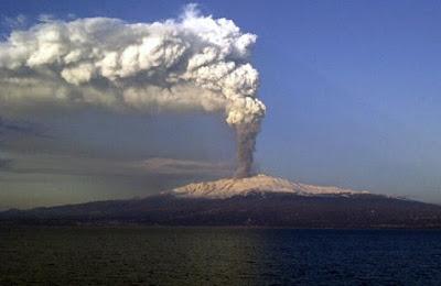 Gunung Etna, Italia