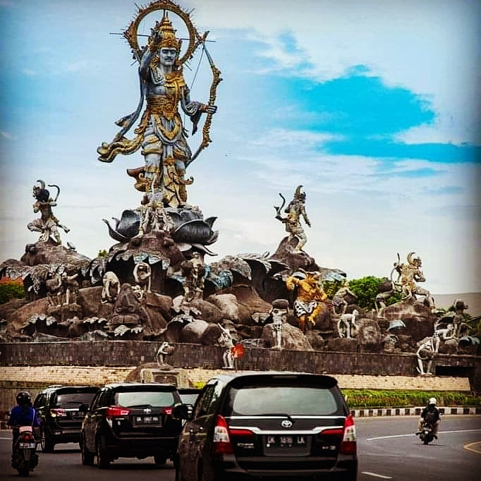 What is the name of the capital of Bali and History?