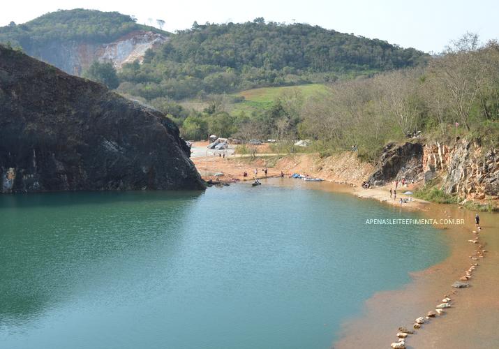 Lagoa Azul Em Campo Magro Paraná