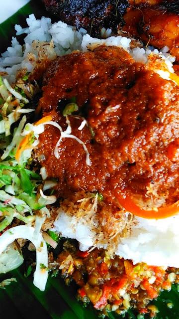 Sarapan pagi  food delivery nasi ayam tumis Kelantan