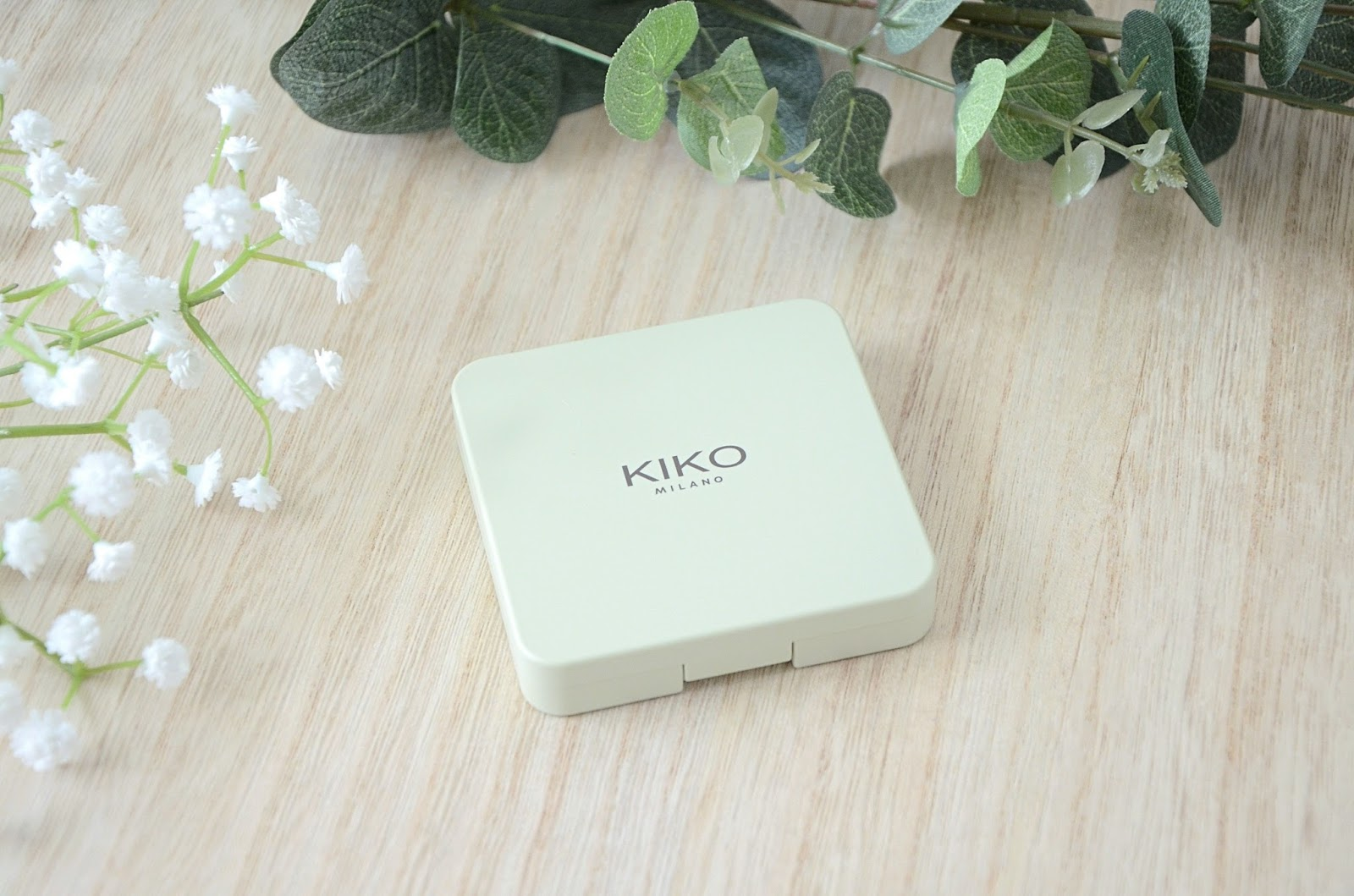 palette 01 natural credential green me 01 kiko packaging