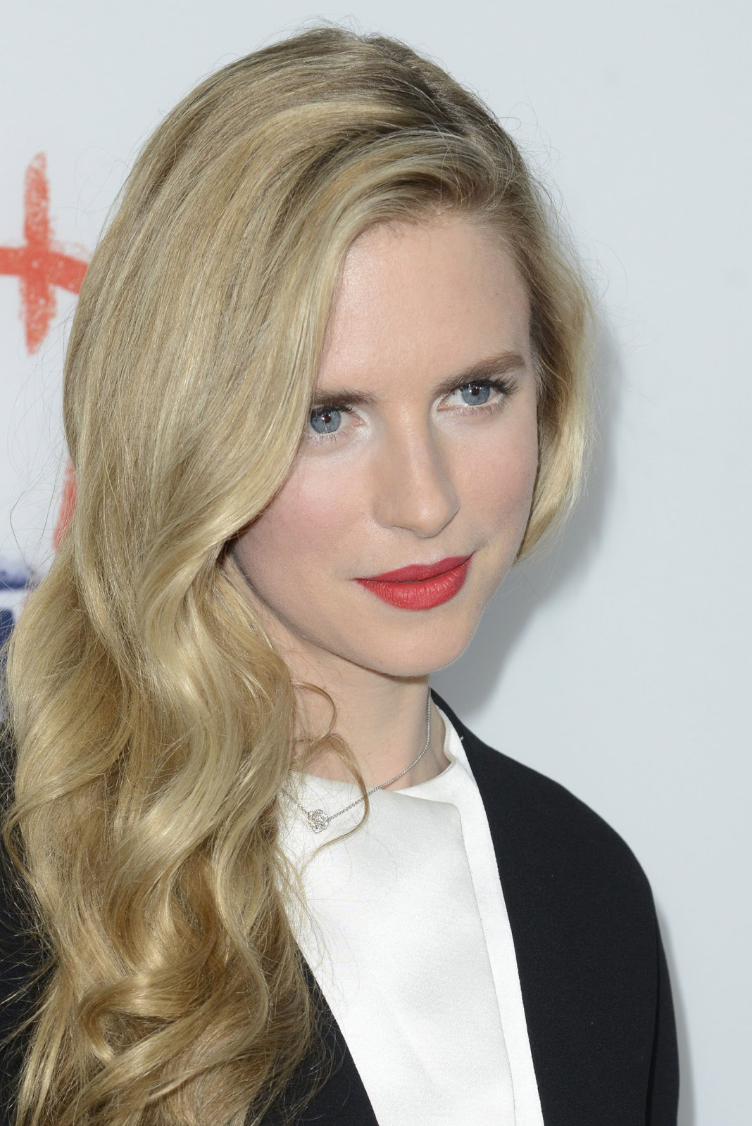 Brit marling in sound of my voice 2013 - 3 6